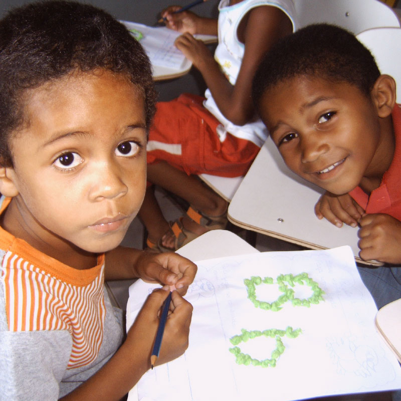 ajuda bietet Bildung | Alphabetisierungsklasse