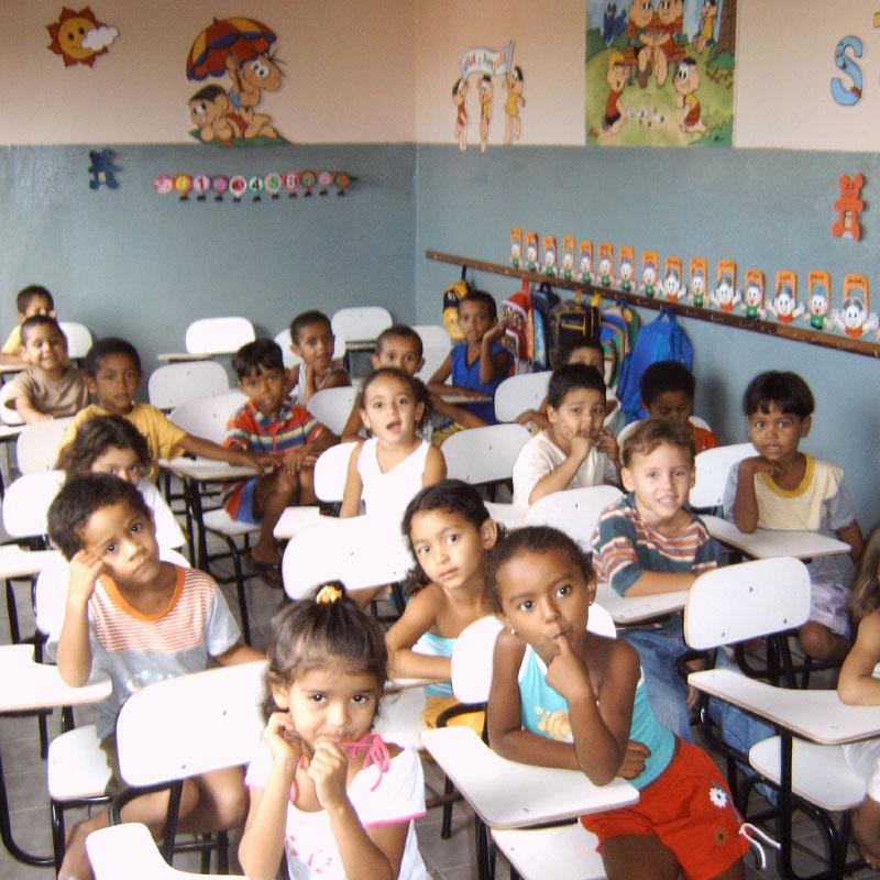 ajuda bietet Bildung | Patenschaftsprogramm