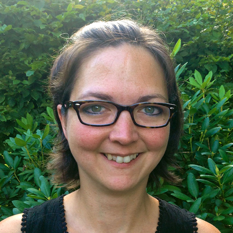 Dr. Vera Merge